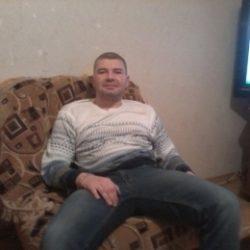 Парень ищет девушку гибкую, выносливую, спортивную в Магнитогорске для секса без обязательств