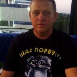 Парень встретится с девушкой для взаимного приятного отдыха в Магнитогорске