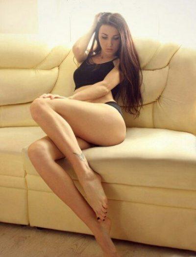 Ласковая девушка, ищу мужчину для интима